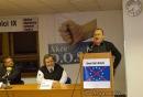 Kandidát na senátora Ladislav Jakl přednáší na Hovorech na pravici pořádaných Akcí D.O.S.T.