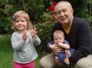 Předseda Rozumných Petr Hannig se svými vnoučaty